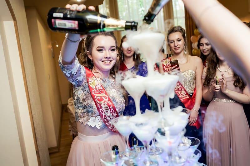 Горка Шампанского в СПБ